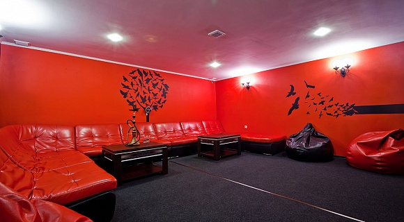 VIP Chill-Out  Karaoke Room+X-box 360